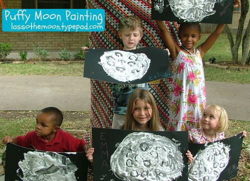 Puff paint moon group